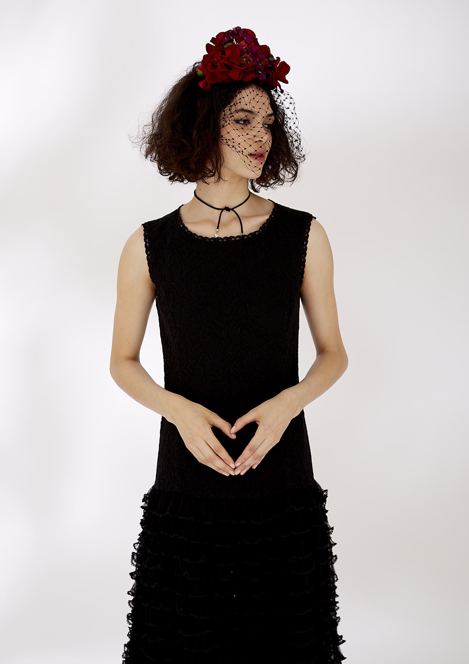 VICTORIA LACE DRESS - BLACK